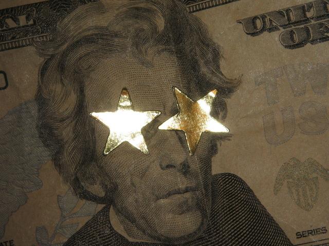 pán na bankovce s hvězdami místo očí