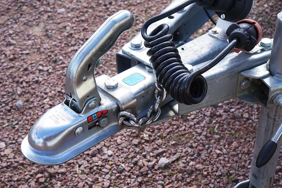 vozík na tažné zařízení